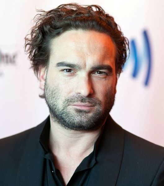 LOS ANGELES, CA - APRIL 12:  Johnny Galecki arrives for the the 25th Annual GLAAD Media Awards - Dinner and Show on April 12, 2014 in Los Angeles, California.  (Photo by Gabriel Olsen/Getty Images for GLAAD)